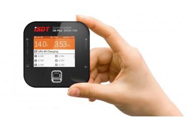 iSDT Q6 PLUS 300W mini nabíječ s balancérem